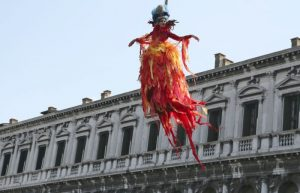 volo angelo carnevale di venezia