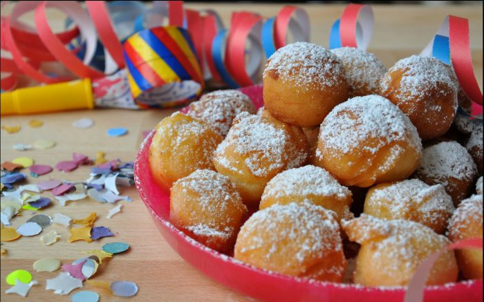 Ricetta delle castagnole di Carnevale: morbide, al forno o con ricotta