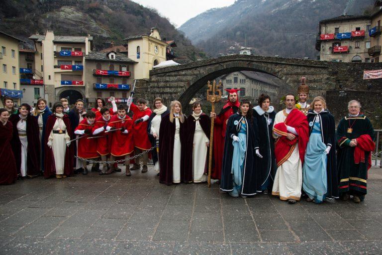 Carnevale di Pont-Saint-Martin 2021: programma, personaggi e ninfa della festa in maschera
