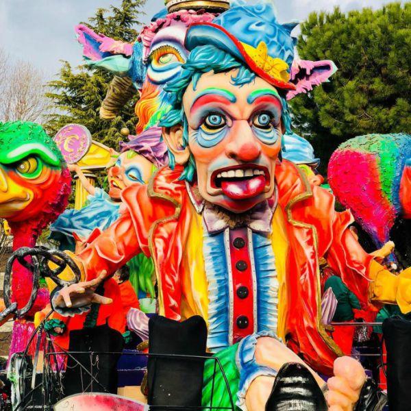 Carnevale Canturino 2021: date e programma della sfilata dei carri allegorici