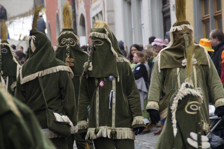 Carnevale di Civita Castellana 2021: date e programma della sfilata dei carri allegorici
