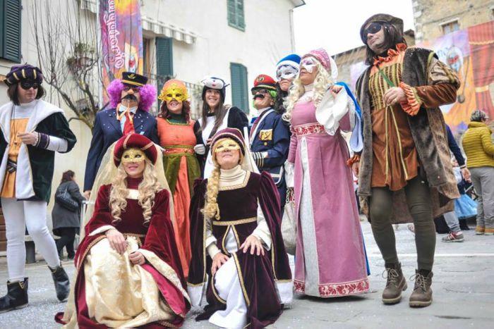 maschere carnevale toscana 2018