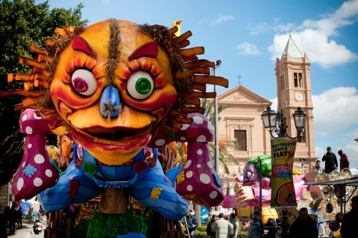 Carnevale di Termini Imerese 2021: date della sfilata dei carri allegorici