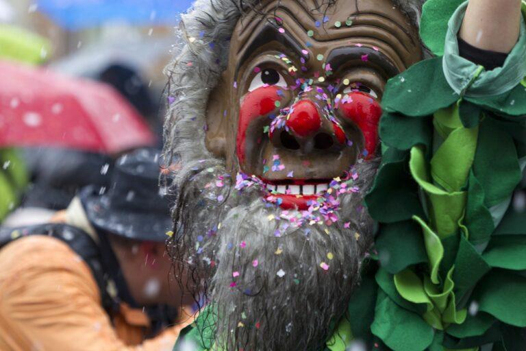 Carnevale di Tricarico 2021: programma e date della sfilata dei carri allegorici