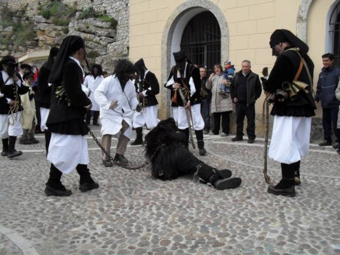 Carnevale di Ulassai 2021, la festa in maschera più tradizionale di Sardegna