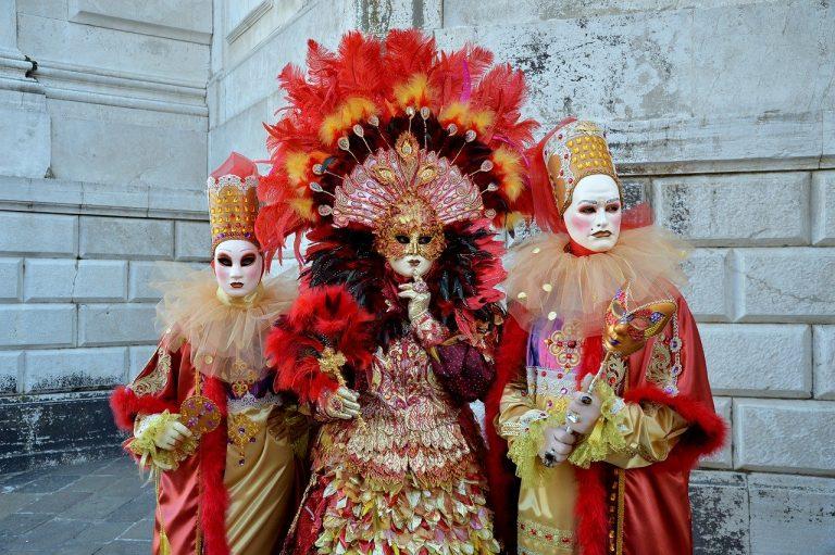 Costumi di Carnevale 2021: dal classico al moderno!