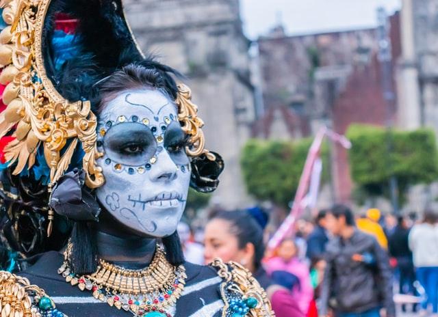 Carnevale di Mamoiada 2021: alla scoperta dei Mamuthones e degli Issohadores